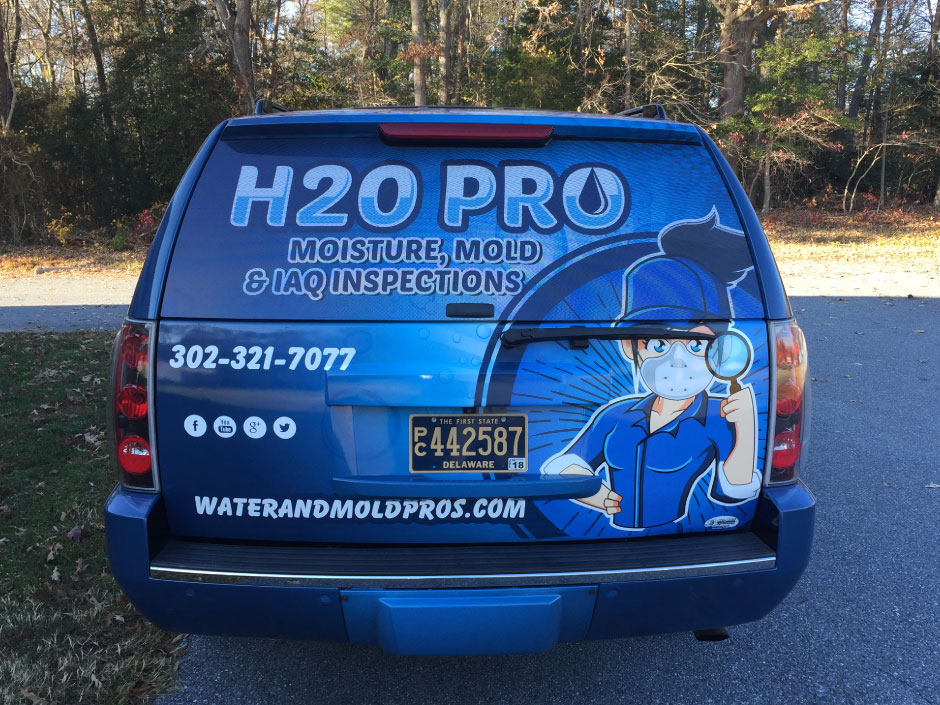 187_h2o2 Vehicle Lettering / Vehicle Wraps