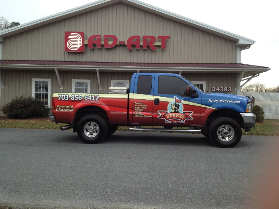46_1257 Vehicle Lettering / Vehicle Wraps